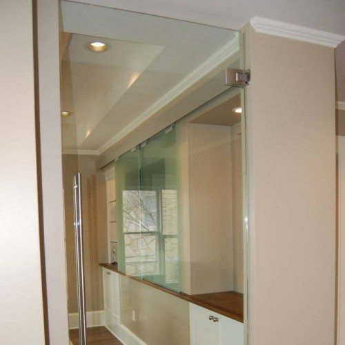 Interior Frameless Swinging Glass Door | Entrances Gallery | Commercial Products | Anchor-Ventana Glass