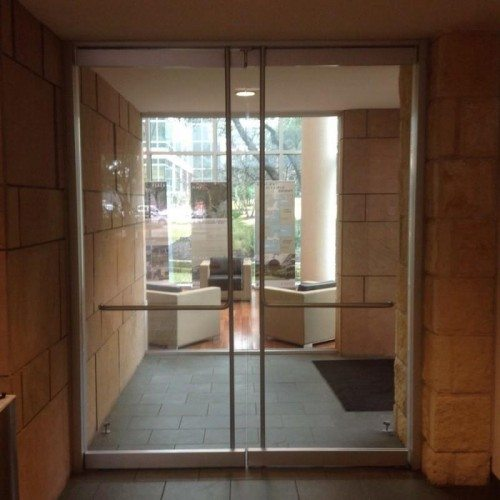 Heavy Glass Frameless Doors | Entrances Gallery | Commercial Products | Anchor-Ventana Glass