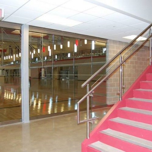 "3/4"" Impact Resistant Glass Wall at Court Level & Glass Handrail 