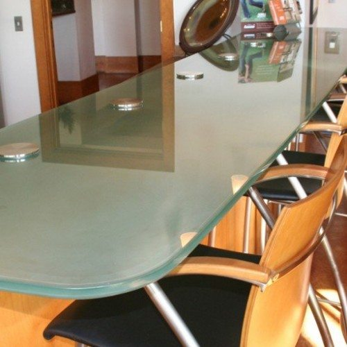 Glass Countertop Set with Standoff Bases and Caps in Apartment Club House | Glass Countertops / Table Tops Gallery | Residential Products | Anchor-Ventana Glass