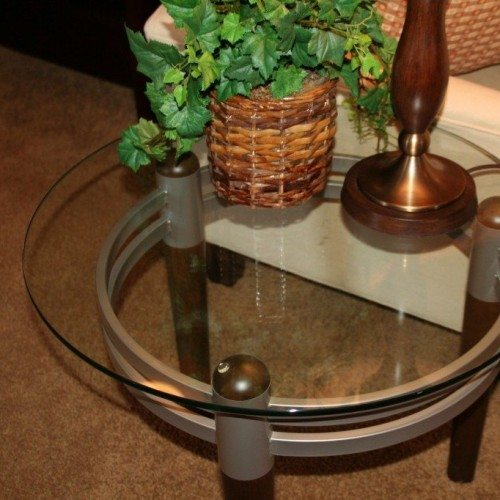 Circle Cut Clear Glass Top with Polished Edge in Living Room | Glass Countertops / Table Tops Gallery | Residential Products | Anchor-Ventana Glass