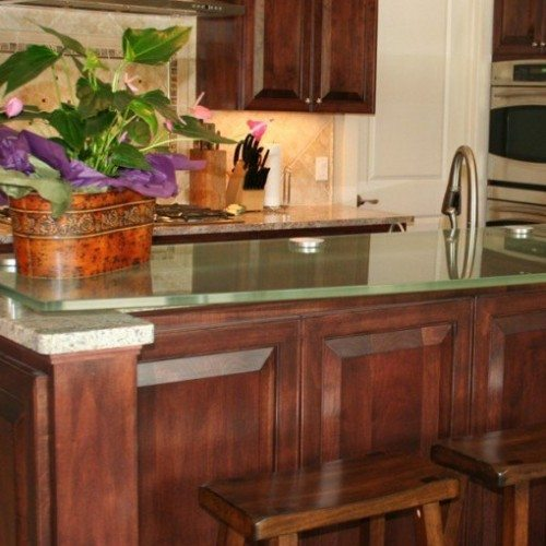 Glass Counter Top with Standoff Bases and Caps in Kitchen | Glass Countertops / Table Tops Gallery | Residential Products | Anchor-Ventana Glass