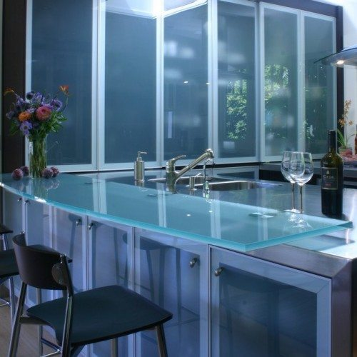 Saten Cabinet Glass and Saten Glass Countertop with Standoff Bases at Kitchen | Cabinet Glass & Shelves Gallery | Residential Products | Anchor-Ventana Glass