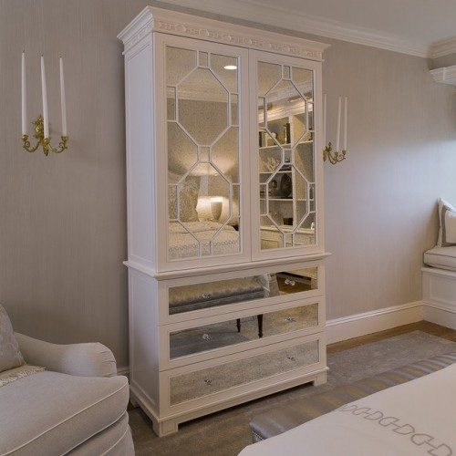 Antique Mirror on Fronts of Wardrobe in Bedroom | Cabinet Glass & Shelves Gallery | Residential Products | Anchor-Ventana Glass