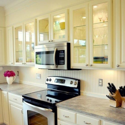 Clear Cabinet Glass and Glass Shelves in Kitchen | Cabinet Glass & Shelves Gallery | Residential Products | Anchor-Ventana Glass
