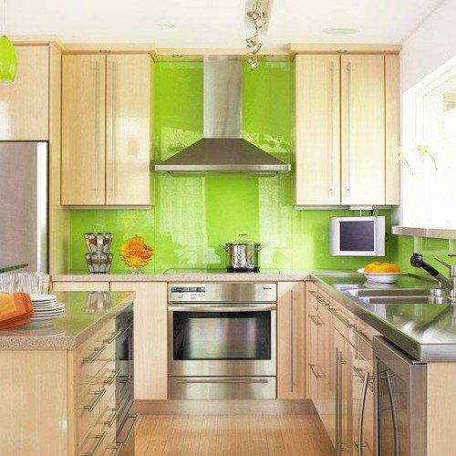 Green Back Painted Glass Backsplash in Kitchen | Colored Glass Gallery | Residential Products | Anchor-Ventana Glass