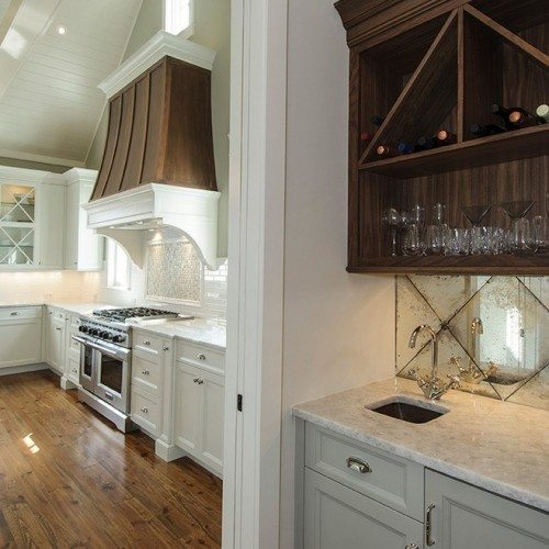 Antique Mirror Back Splash in Kitchen | Mirrors Gallery | Anchor-Ventana Glass