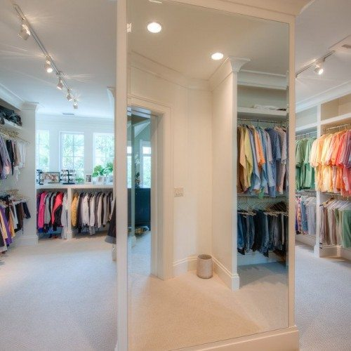 Frameless Beveled Mirrors in Bedroom Closet | Mirrors Gallery | Anchor-Ventana Glass