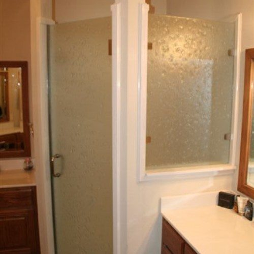 Frameless Door with Leakproof Jamb | Shower Gallery | Anchor-Ventana Glass