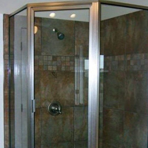 Framed Shower with Tile | Shower Gallery | Anchor-Ventana Glass